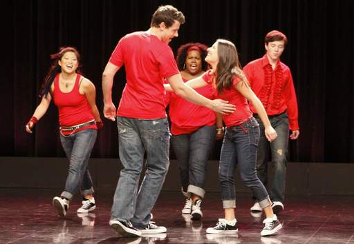 Members of the McKinley High School Glee Club do their thing in a special preview episode of the new Fox show.