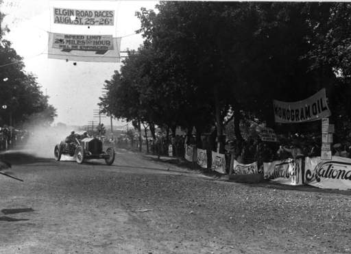 Don Herr, driving a National, rounds the corner from Larkin Avenue to North McLean Boulevard in the 1911 Elgin Road Races.